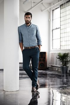 Smart Casual Look - What should be considered in the dress code? Dresscode Business, Trajes Business Casual, Summer Business Attire, Men Business Casual, Men's Business Fashion, Corporate Attire For Men, Business Casual Outfits Mens, Men's Casual Outfits, Casual Dresscode