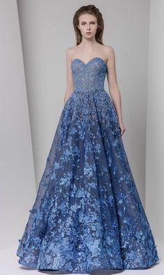 If you're looking for a couture gown with a statement makingwow factor, here are twohand-pickedcollectionsand you don't want to miss! Take a look and get inspired.