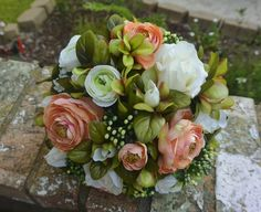 Bridal Bouquet Peaches & Cream