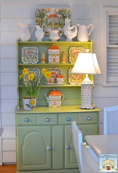 Decorating the Porch for Spring | http://betweennapsontheporch.net