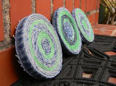 upcycled denim coaster set w/ FREE SHIPPING by IzzyBizzyBs on Etsy, These are really cute!