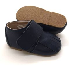 At Bella Simone we offer baby luxury at affordable prices, which include our high quality leather soft sole shoes for babies, and hard sole for toddlers. Shop our designer gifts for infants, babies, toddlers and kids. Kid Shoes, Ballet Shoes, Baby Shoes, Gold Leather, Brown Leather, Baby Booties, Leather Sandals, Stylish, Shop
