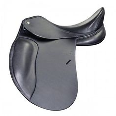 LeTek Plus Dressage Saddle with Quik-Clean Material Touching Horse