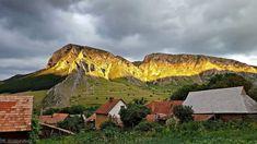 Erdély   -  Torockó és a Székelykő Monument Valley, Mountains, Nature, Travel, Instagram, Naturaleza, Viajes, Destinations, Traveling