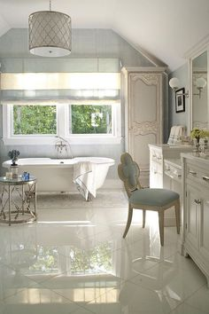 Amazing Bathtub Ideas With Luxurious Appeal