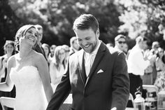 Love this candid shot for such a gorgeous wedding photo! | http://www.britfrayphotography.com | http://www.thebridelink.com/blog/2013/08/09/classic-wedding-by-brit-fray-photography/