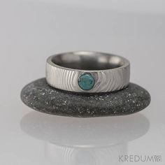 TURQUOISE Damascus steel band, HANDMADE Gemstone WEDDING, Engagement ring, Mens, Womens Gems Ring, blue stone ring - Prima with turquoise. This ring is made of damascus stainless steel Damasteel and it is complemented with a turquoise. This ring can be used as a wedding band, engagement ring or the ring for a sole wear.