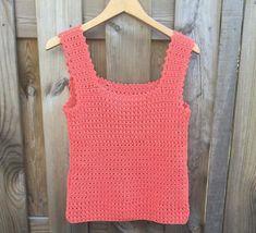 zomertopje haken Crochet Tunic, Crochet Clothes, Crochet Hooks, Knit Crochet, Diy Tops For Women, Tops Diy, Knitting Patterns, Sewing Patterns, Crochet Summer Tops