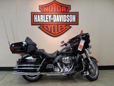 Algún día una de estas acompañará a la gorda en el garaje. Para poder viajar cómodo con mi chica, que tiene que molar también... (2012 Harley Davidson UltraClassic)