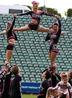New Zealand Allstars - loving their hot pink and black All-Star uniforms