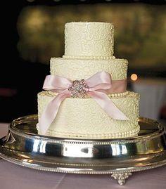 Real Wedding: Alisha and Luke - Aurora, New York