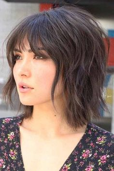 24 shag hairstyles & haircuts that have an approach for every hair length and texture - - Medium Shag Haircuts, Short Shag Hairstyles, Hairstyles Haircuts, Pixie Haircuts, Shaggy Medium Hair, Layered Hairstyles With Bangs, Medium Length Layered Bob, Short Textured Haircuts, Layered Bob With Bangs