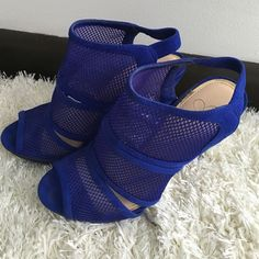 Jessica Simpson blue sandals Size 7, 5 inch heel with 1/2 inch platform. Jessica Simpson Shoes Heels