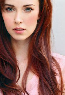 Elyse Levesque Picture