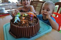 Cute and quick cake...I could make this for work