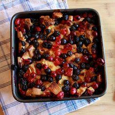 berry+bake+ +square Berry Breakfast Bake