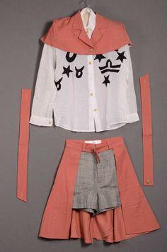 Damesensemble bestaande uit broekrok, overhemd en jasje