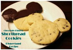 Disney at Home: Disneyland's Chocolate Dipped Shortbread Cookie Recipe - Babes… Shortbread Recipes, Shortbread Cookies, Cheesecake Recipes, Cake Cookies, Cookie Recipes, Dessert Recipes, Dessert Ideas, Yummy Recipes, Yummy Food