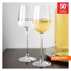 Completează experiența servirii unui vin deosebit cu un pahar pe măsură. #pahar #vin #mobexpert Winter Sale, White Wine, Alcoholic Drinks, Glass, Drinkware, Alcoholic Beverages, Corning Glass, White Wines, Alcohol