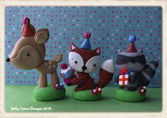 deer, fox and raccoon cake toppers by Jelly Cakes Designs, via Flickr.