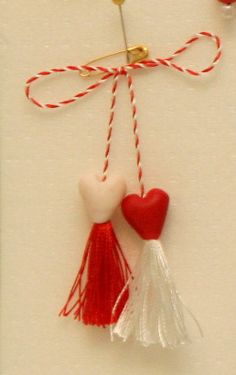 Replace w beads? Baba Marta, International Craft, 8 Martie, Special Events, Diy And Crafts, Projects To Try, March, Romania, Traditional