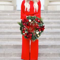 Have you picked out your favorite Pier 1 wreath yet? @lipgloss_and_lace found one to complement her red jumpsuit  #pier1love