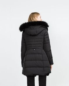 Image 5 of LONG QUILTED COAT WITH DETACHABLE FAUX FUR from Zara