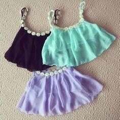 Love these cute crop tops. Cute Fashion, Teen Fashion, Fashion Pics, Teen Crop Tops, Summer Outfits, Cute Outfits, Summer Clothes, Jupe Short, Half Shirts