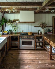Diy Cabinets, Kitchen Cabinets, Rustic Cabinets, Küchen Design, House Design, Interior Design, Interior Colors, Sweet Home, Slow Living