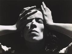 Imogen Cunningham (American Martha Graham Gelatin silver print x cm. San Francisco Museum of Modern Art (Gift of Florence Alston Swift) Martha Graham, Edward Weston, History Of Photography, Portrait Photography, Chiaroscuro Photography, Photos Corps, Matt Hardy, Imogen Cunningham, Famous Dancers