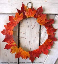 A collection of creative, whimsical, totally different outdoor fall door wreaths to jump start your own DIY creativity this autumn season. Happy Thanksgiving Canada, Thanksgiving Crafts, Thanksgiving Decorations, Holiday Crafts, Holiday Decor, Autumn Crafts, Diy Autumn, Leaf Projects, Easy Fall Wreaths