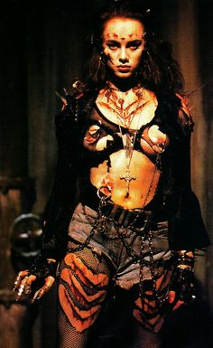 Mindy Clarke - Return of the Living Dead 3 http://toscorip.wordpress.com/2008/02/21/as-musas-do-toscorama/