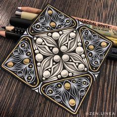 Auras are such a powerful tool! 💓 Even the simplest forms can shine if you add auras to them. 💪🏻 But the tangle Sistar… Dibujos Zentangle Art, Zentangle Drawings, Doodles Zentangles, Doodle Drawings, Doodle Art Designs, Doodle Patterns, Zentangle Patterns, Art Patterns, Zantangle Art