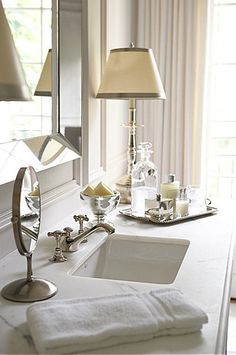 Accessorizing the bathroom/powder room Glamorous Bathroom, Beautiful Bathrooms, Modern Bathroom, Design Bathroom, Bathroom Styling, Bath Design, White Bathroom, Silver Bathroom, Bathroom Accents