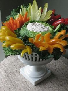 The Enchanted Home: Yearning for urns, wonderful way to serve your veggies!