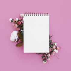 Wedding notebook with beautiful flowers on pink background Free Photo Framed Wallpaper, Flower Background Wallpaper, Frame Background, Tumblr Wallpaper, Background Pictures, Flower Backgrounds, Wallpaper Backgrounds, Pattern Background, Backgrounds Free