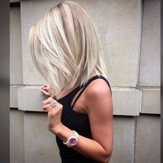 Hair Color Trends 2018 Highlights : 17 Popular Medium Length Hairstyles for Those With Long Thick Hair See Hair Color And Cut, Long Hair Colors, Short Hair Styles, Blonde Hair Styles Medium Length, Thick Hair Styles Medium, Haircuts For Medium Length Hair Layered, Shoulder Length Hair Cuts With Layers, Hairstyles For Medium Length Hair With Layers, Mid Length Blonde Hair