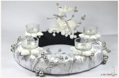 traumhafter Adventskranz in Silber / Weiß