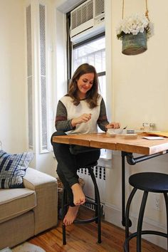 Those surviving successfully in a small space have lessons they can share with the rest of us. Five smart ideas are in this New York City home — and they all fit in just 300 square feet.