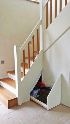 Fresh Treppenunterbau Holztreppe mit Stauraum Platz clever genutzt Schublade Treppenschrank Aufbewahrung