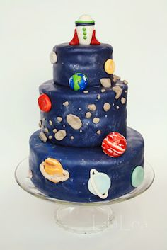 the cake isn't done all that well but I love the asteroid belt