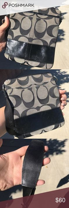 Coach Side bag Used but excellent condition Coach Bags Crossbody Bags