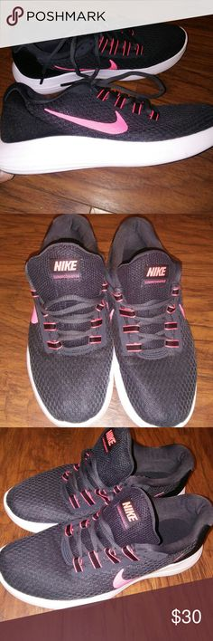 Nike lunarconverge Nike lunarconverge dark gray shoes with pink accents in EUC. Nike Shoes Athletic Shoes
