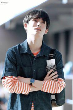 Taeyong, Jaehyun, Nct 127, Nct Winwin, Nct Group, U 2, Boy Photography Poses, King Of Hearts, Fandom