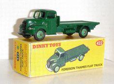 Fordson Thames Flat Truck #422 vert