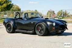 Shelby Cobra MkIII Roadster by Factory Five.Honestly one of the most beautiful cars. Shelby Gt 500, Ford Shelby Cobra, Ford Mustang, Mustang Cobra, Ac Cobra, My Dream Car, Dream Cars, Bobber, Factory Five