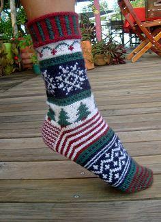 Ravelry: Christmas Holiday Socks pattern by Terry Morris Crochet Socks, Knit Or Crochet, Knitting Socks, Hand Knitting, Knitting Patterns, Knit Socks, Christmas Stockings, Christmas Holidays, Christmas Sock