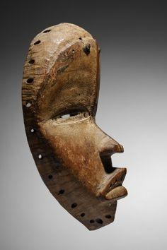 Lot n°119  Dan Mask Ivory Coast, Ivoire, African Art, Lion Sculpture, Auction, Statue, Collection, Liberia, Artist