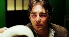 But you might have forgotten how exquisite he is without the blonde wig, which makes him sad. | Community Post: 50 Lee Pace GIFs That Will Make You Believe In Love Again<<< aaAAWW