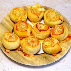 Bögrés házi sajtos ropi recept Muffin, Peach, Fruit, Breakfast, Food, Morning Coffee, Essen, Muffins, Peaches